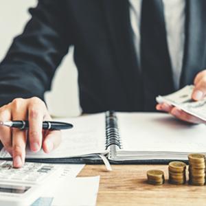 Umfrage: Wofür geben Sie 2020 den größten Teil Ihres HR Budgets aus?